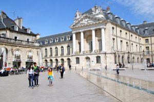 Hertogelijk paleis van Dijon